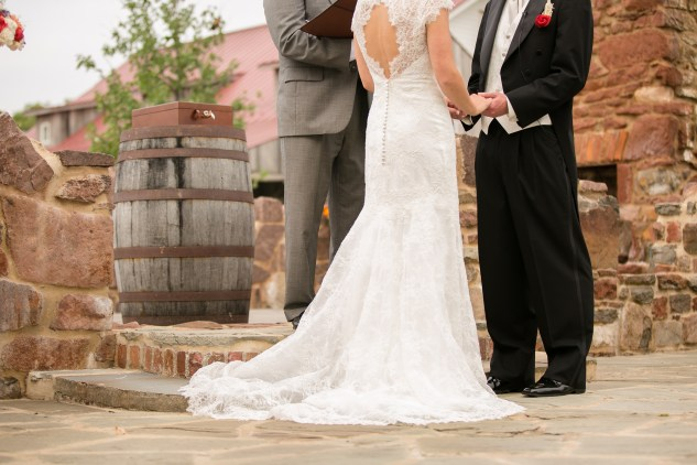 winery-bull-run-wedding-red-grey-photo-78