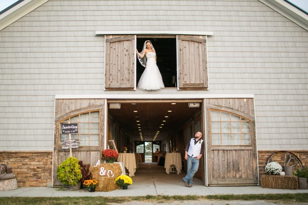 virginia-southern-fall-farm-wedding-photo-110