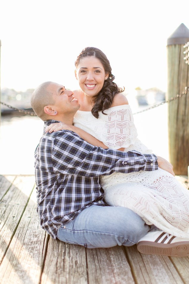 norfolk-engagement-photo-waterside-amanda-hedgepeth-23