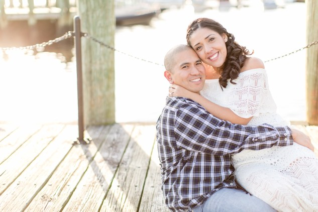 norfolk-engagement-photo-waterside-amanda-hedgepeth-26