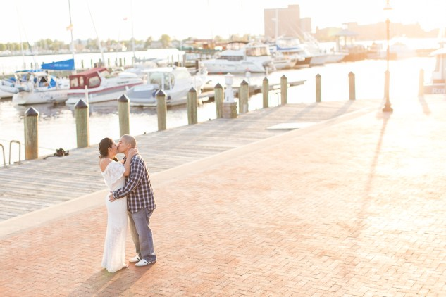 norfolk-engagement-photo-waterside-amanda-hedgepeth-41