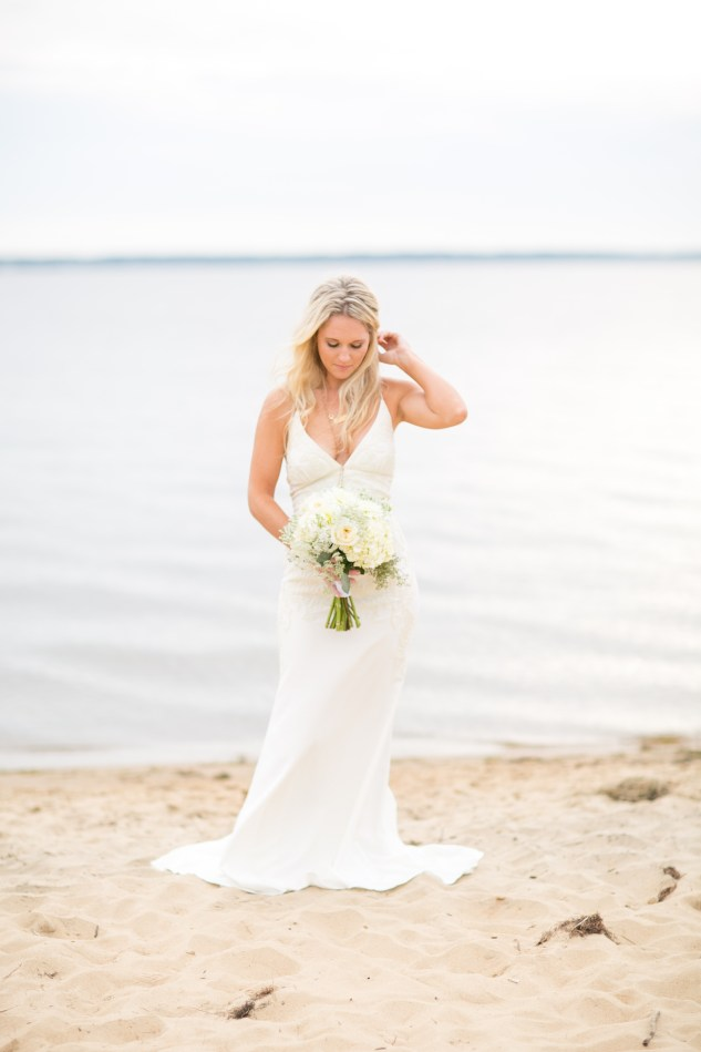 north-carolina-outer-banks-nags-head-blue-coastal-wedding-shoot-212