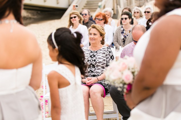 jennettes-pier-nags-head-obx-outer-banks-wedding-photo-amanda-hedgepeth-56