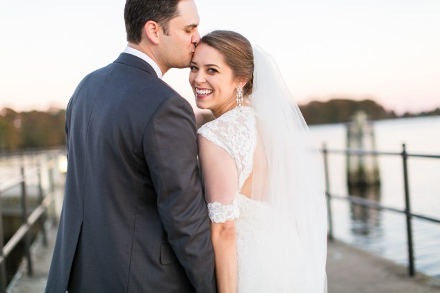 carly-charlie-wedding-blog-edenton-north-carolina-inner-banks-inn-74