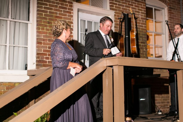 carly-charlie-wedding-blog-edenton-north-carolina-inner-banks-inn-83