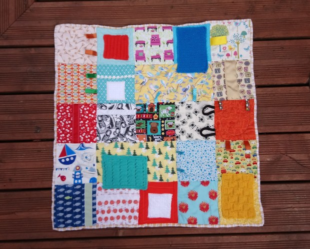 'Keys and Trees' free downloadable quilt pattern by Amanda Jane Textiles for Fiddle Fingers Quilts