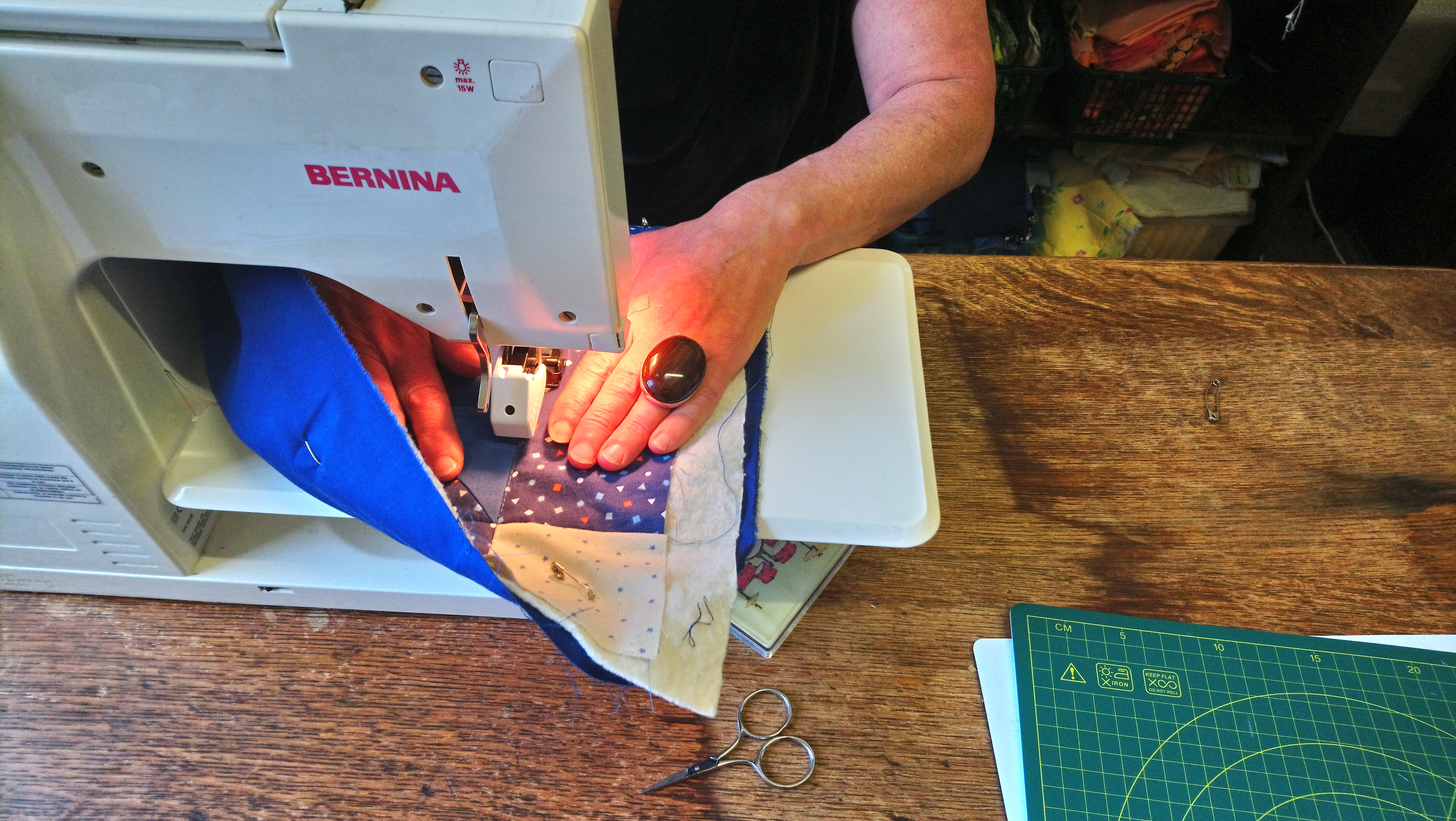 someone learning how to quilt with 'Quilt in a Day' class from Amanda Jane Textiles
