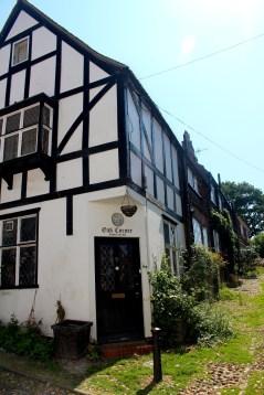 Oak Corner House, Traders Passage 1490