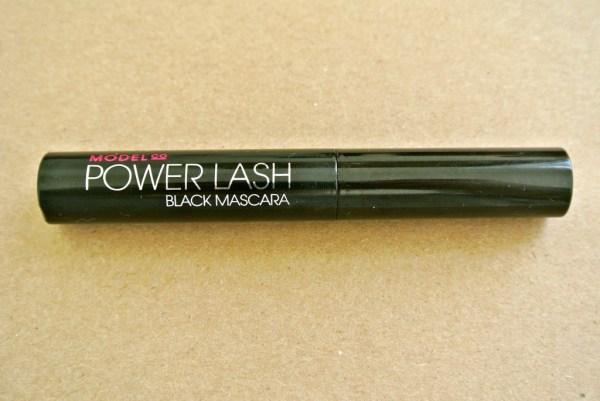 Model Co Power Lash Black Macara Review