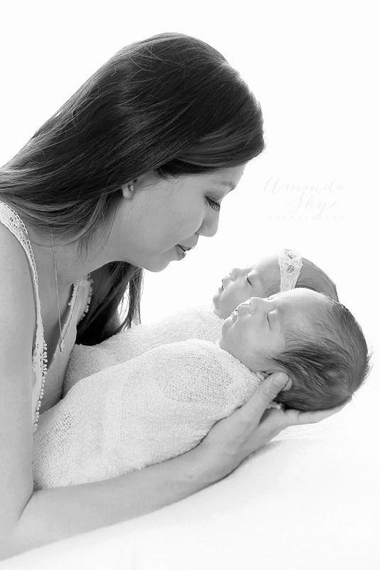 amanda skye photography, twins, twin photography, newborn twin photography, orange county photography