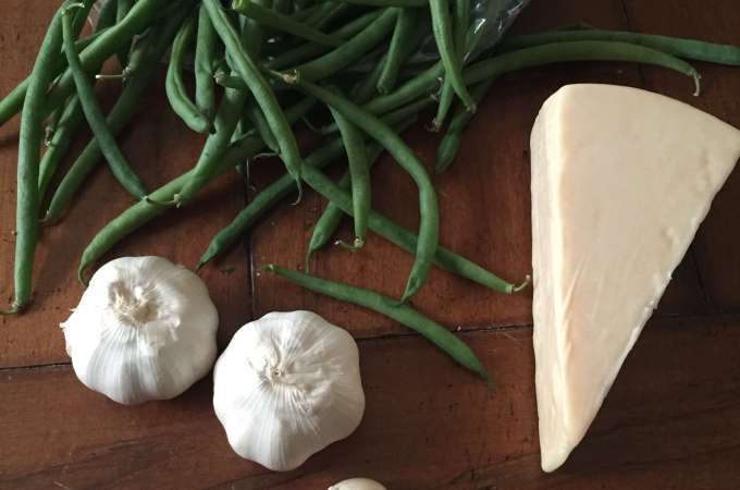 Roasted Garlic and Parmesan Green Beans