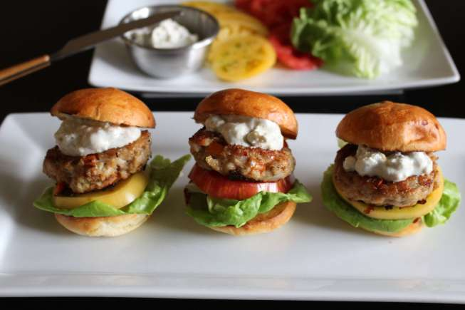turkey burgers, easy turkey burgers, blue cheese sauce