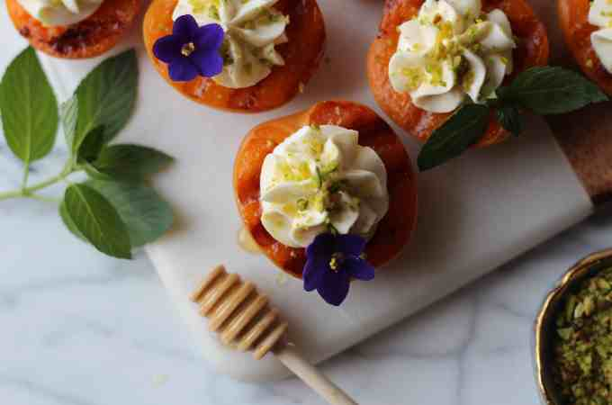 Roasted Apricots with Mascarpone and Pistachios
