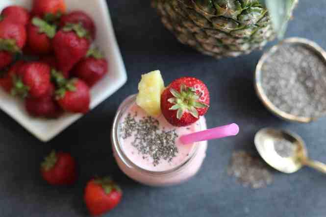 amanda's plate strawberry pineapple smoothie