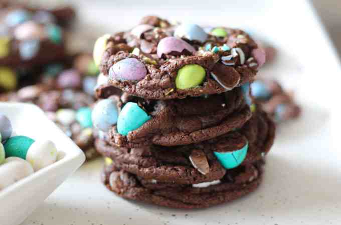 Chocolate Egg Cookies