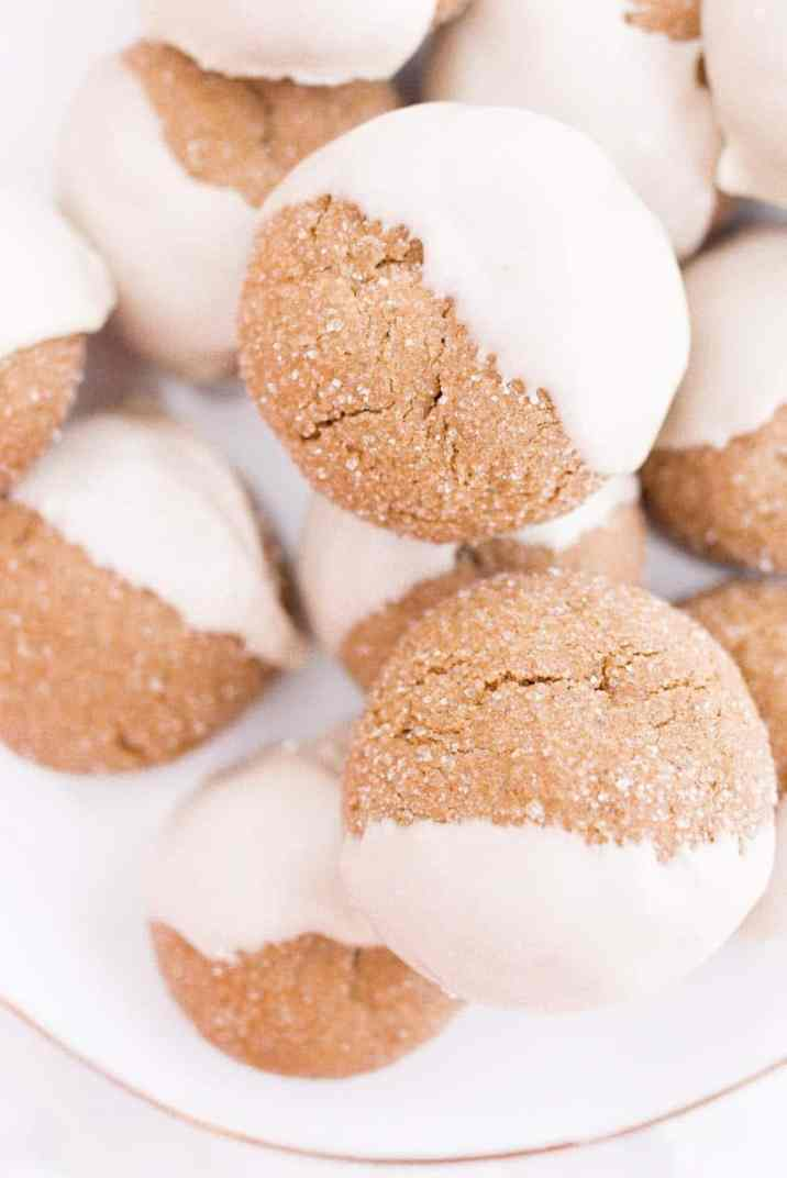 close up molasses cookies with icing