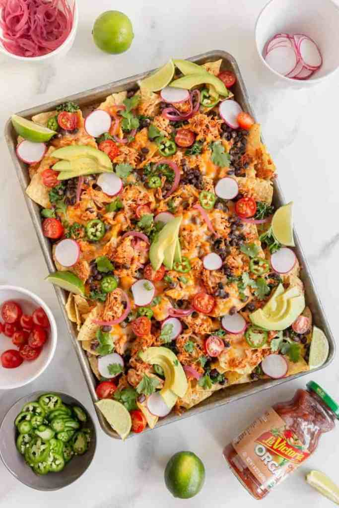 sheet pan nachos with toppings