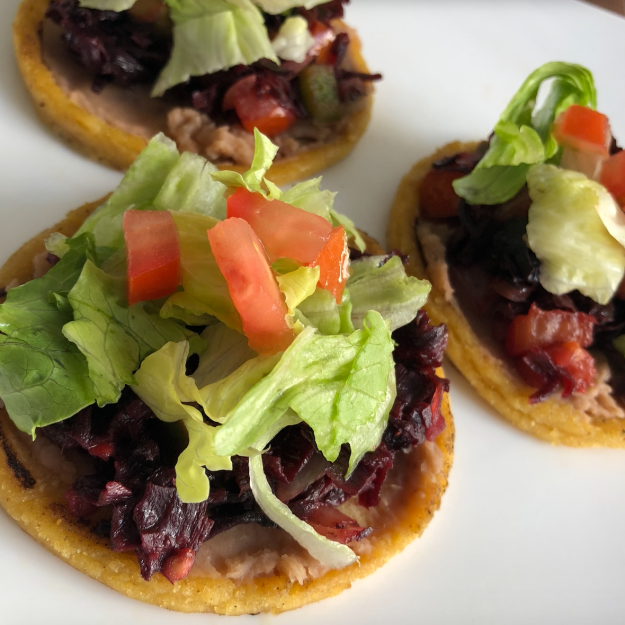 sopes de jamaica