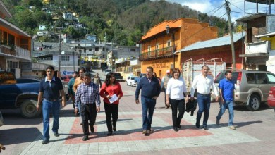 Photo of Hugo Cabrera entregó urbanizaciones por 11 mdp en Sierra queretana