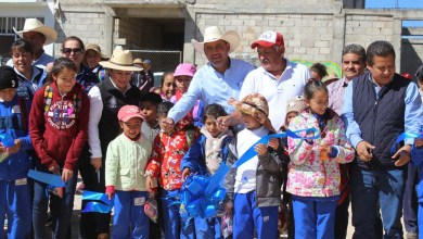 Photo of San José Itho tiene 2 nuevos empedrados