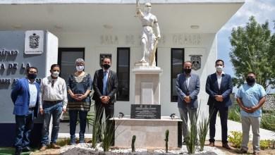 Photo of Inauguran escultura de la Diosa de la Justicia en campus UAQ Cadereyta
