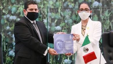Photo of Connie Herrera recibió el informe de actividades del Poder Judicial del estado