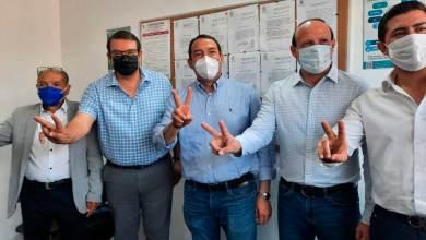 Photo of Memo Vega y Amarildo Bárcenas se registran ante el IEEQ