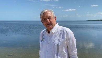 """Photo of López Obrador conmemora Día del Trabajo; """"estamos sirviéndole al pueblo y a los trabajadores"""""""