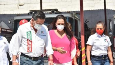 Photo of Gustavo Nieto reconoce el trabajo de Tanía Ruiz al frente de Bomberos