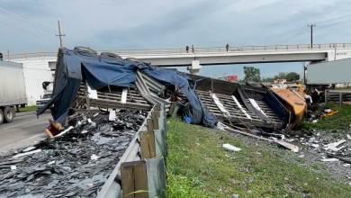 Photo of Carretera de Cristal; tractocamión se accidenta en la México-Querétaro