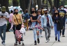 """Photo of La pandemia tendrá un impacto """"a largo plazo"""" en la salud mental: OMS"""