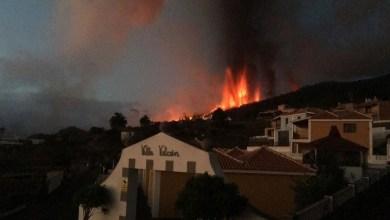 Photo of Más de 5 mil evacuados por erupción volcánica en la isla española de La Palma