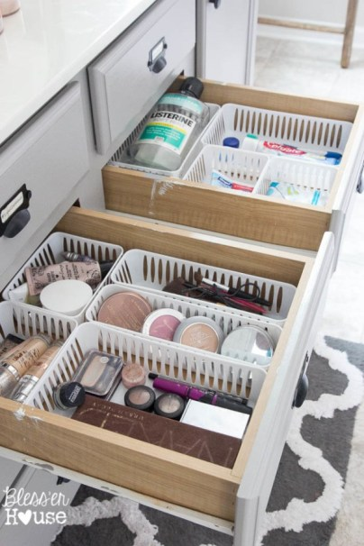 Dollar-Store-Bathroom-Drawer-Organization-4-of-7-683x1024