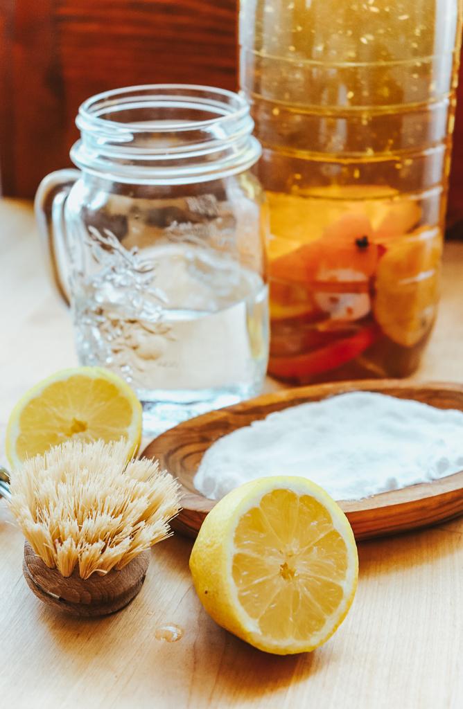 Solutii naturale de curatenie pentru bucatarie