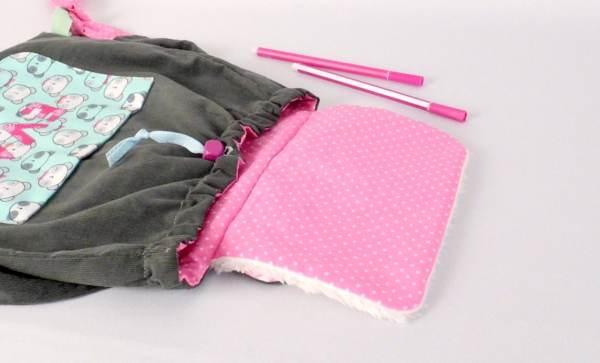 amanite-rose-sac-a-dos-enfant-personnalise-prenom-couleurs-cartable-maternelle-cadeau-naissance-personnalise