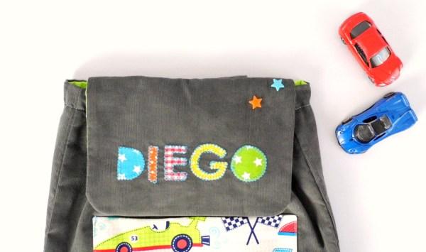 sac-enfant-ecole-maternelle-prenom-diego-personnalisable-voiture-gris-multicolores