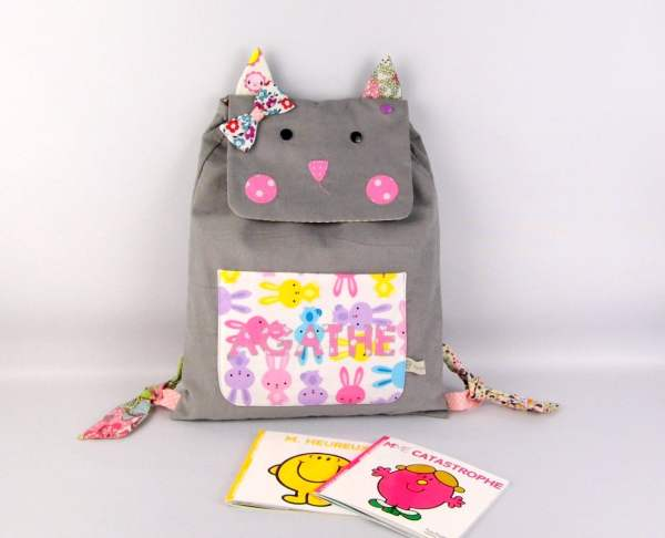 sac-a-dos-personnalise-agathe-cartable-maternelle-chat-fille-personnalisable-couleurs-gris-rose-