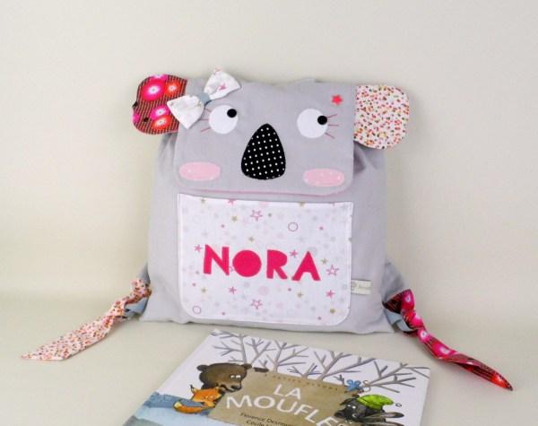 sac-a-dos-fille-koala-personnalise-prenom-nora-gris-rose-liberty-sac-maternelle-creche
