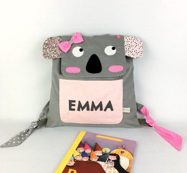 sac-koala-personnalise-emma-rose-poudre-gris-liberty-sac-a-dos-bebe-creche-cadeau-naissance-bapteme