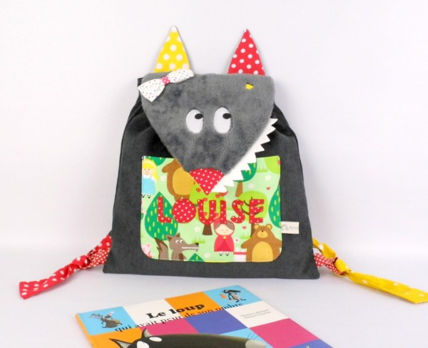 sac-a-dos-fille-ecole-maternelle-loup-auzou-personnalise-prenom-brode-montessori-cartable-enfant-wolf-personalized-backpack-toddler-kids