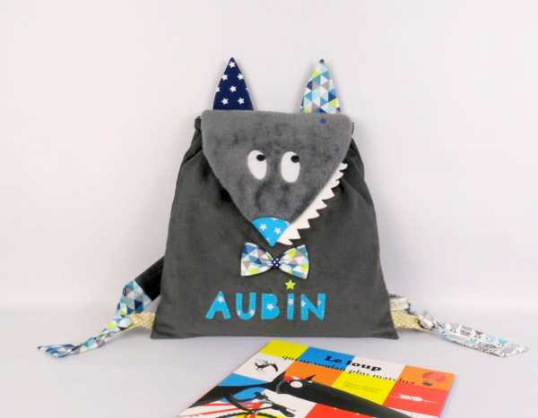sac-a-dos-enfant-loup-garcon-personnalisable-prenom-aubin-bleu-turquoise-gris-marine-wolf-backpack-personalized-name