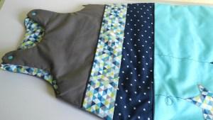 nid-d-ange-bebe-personnalisable-bleu-turquoise-marine-gris-hibou-chouette-etoiles-deco-chambre-bebe-scandinave