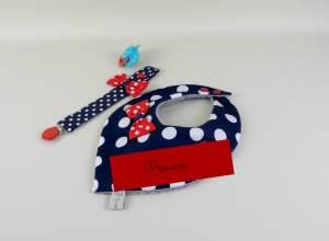 bavoir-bandana-personnalise-prenom-attache-tetine-style-marin-cadeau-bebe-fille