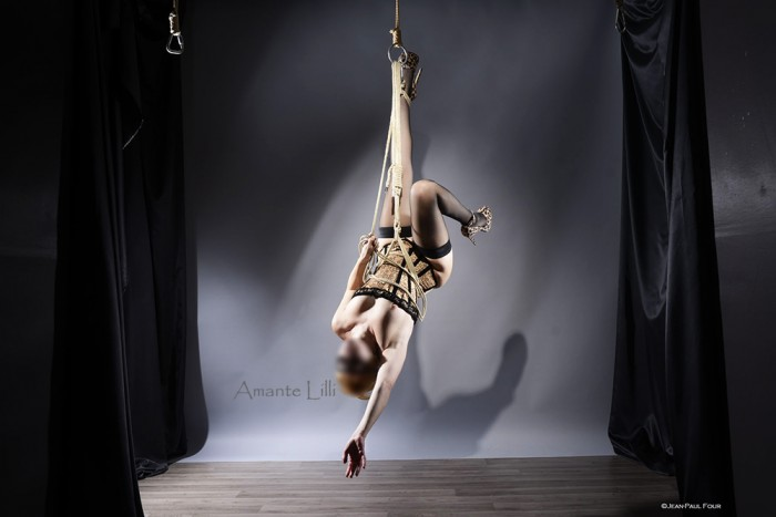 AmanteLilli-bondage-autosuspension-shibari-jean-paul-four-lyon-04