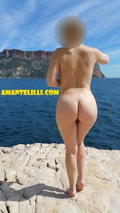 AmanteLilli-s'exhibe-nue-à-Cassis-21