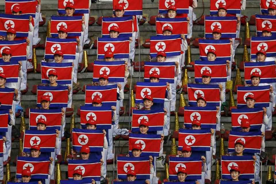 Cerimónia festiva na Coreia do Norte