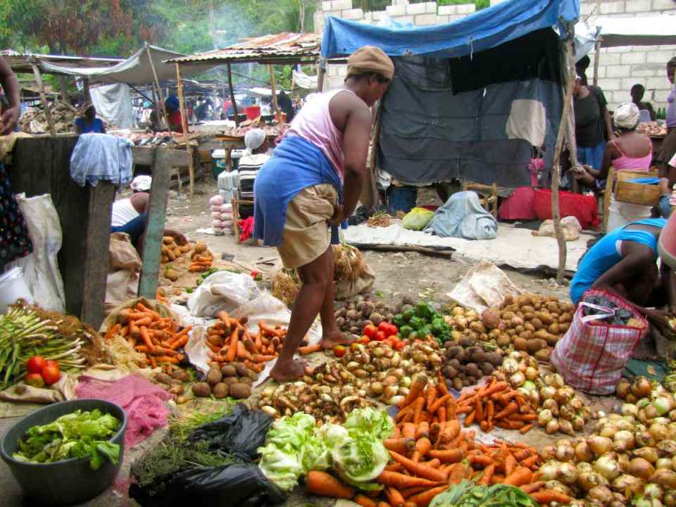 Mercado no Haiti