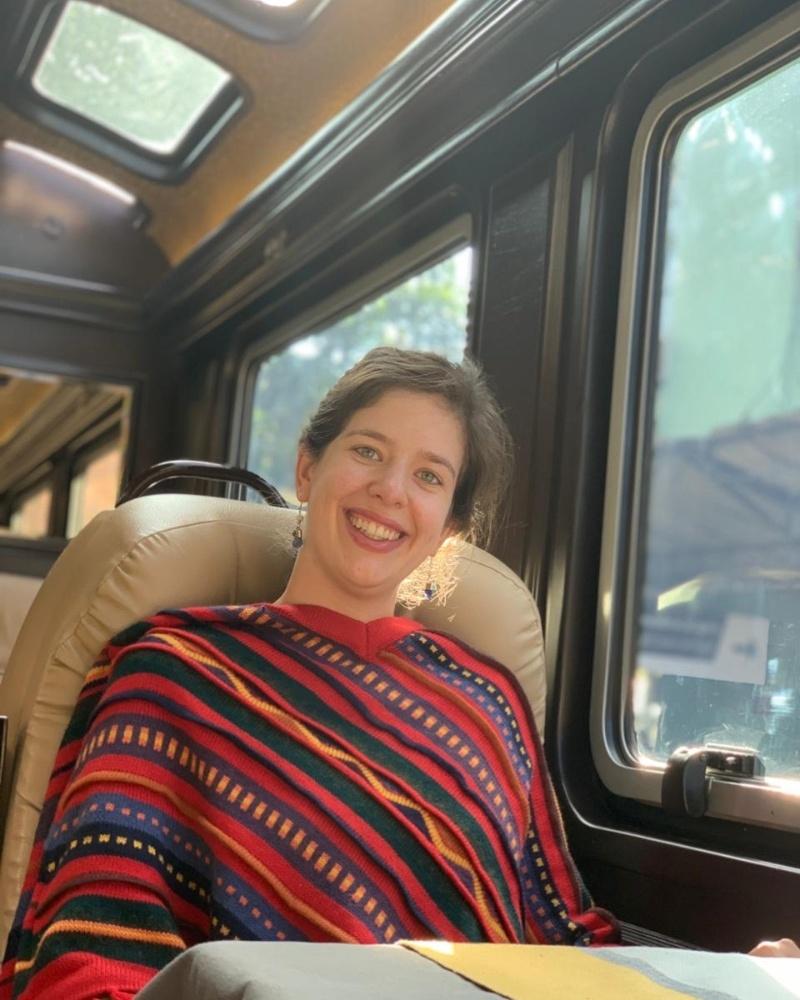 Viagem no comboio The First Class operado pela empresa IncaRail de Cusco a Machu Picchu