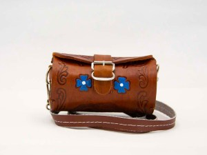 handmade-mexican-artisanal-hand-tooled-leather-girls-handbag-042