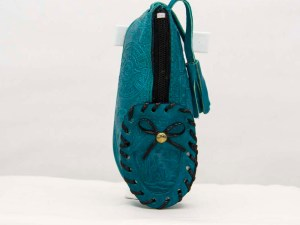 handmade-mexican-artisanal-tooled-leather-coin-purse-pouch-shoe-005